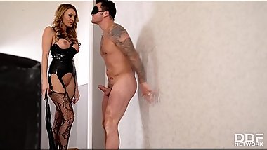 British Dominatrix Stacey Saran uses stud for kinky pussy pleasure program