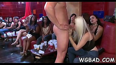 Hunk is delighting babes with his sexy dancing and rod