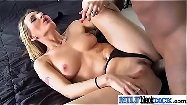 Natasha sexy mature lady need black cock in her wet pussy