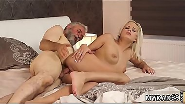 Milf and girl fucks step daddy xxx Surprise your gf and she will