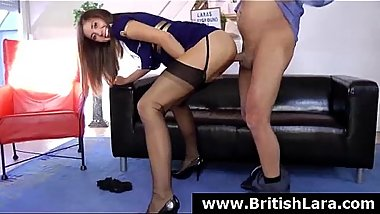 Mature British lady in stockings has threesome fun