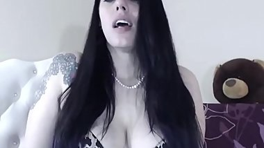 Goddess makes your jerk off to her ass and mouth