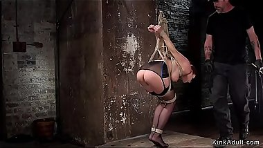 Bound in strappado babe gets vibed