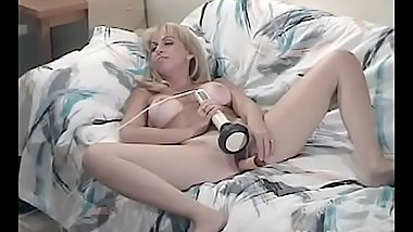 Yanks MILF Ginger'_s Massager