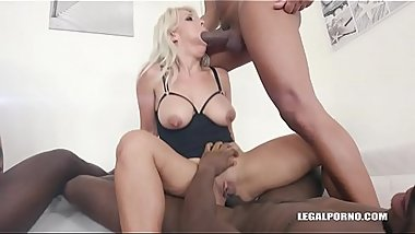 Kinky orgy with Stacy Sommer &amp_ XXX Nikyta IV270