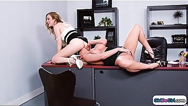 Personal assistent licking her new boss